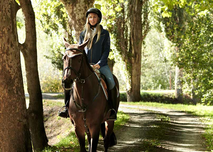 horse riding holidays australia melbourne